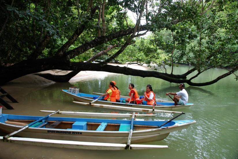 8 Philippines Palawan Sabang river boat 1