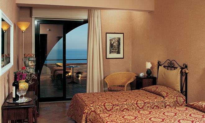 Baia Taormina_Sicily_Deluxe Room_1