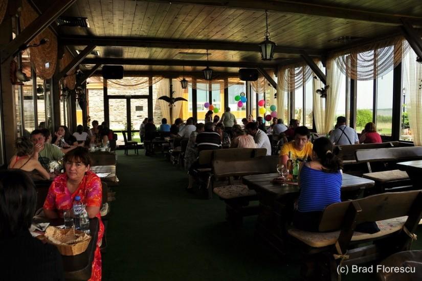 Bulgaria Pestele de Aur restaurant Durankulak 1