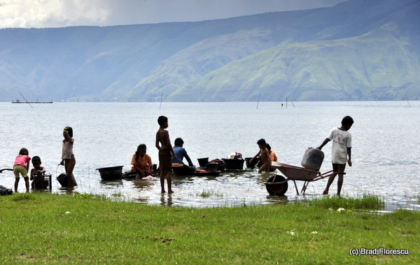 Samosir Lake Toba children