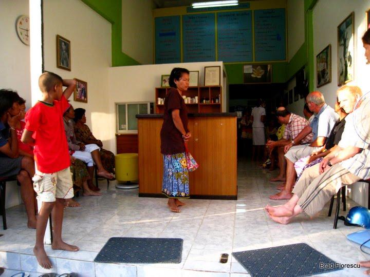 Pha Ngan Doctor Worawut Cabinet