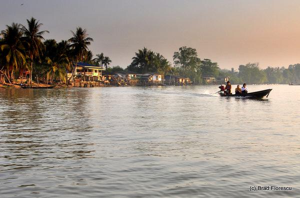 Surat Thani Tapi Tapee River 22