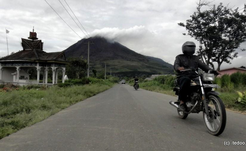 Road around Sinabung