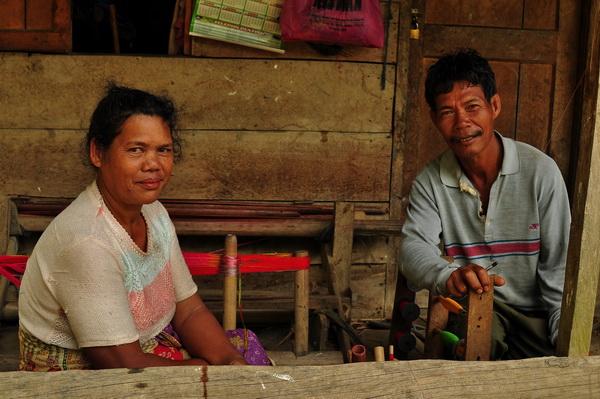 Sumatra coffee farmers couple