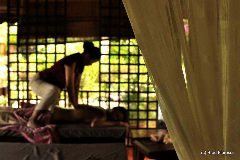 Eranda Herbal Spa massage 4