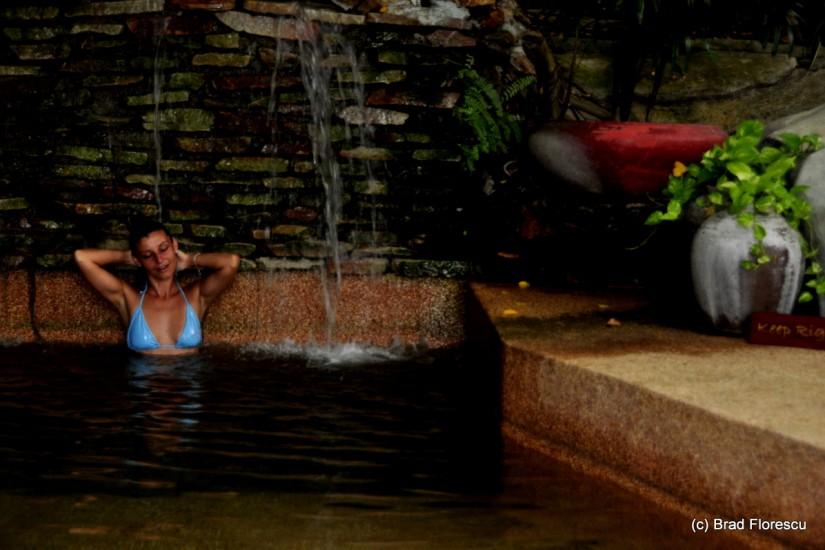 Eranda Herbal Spa pool