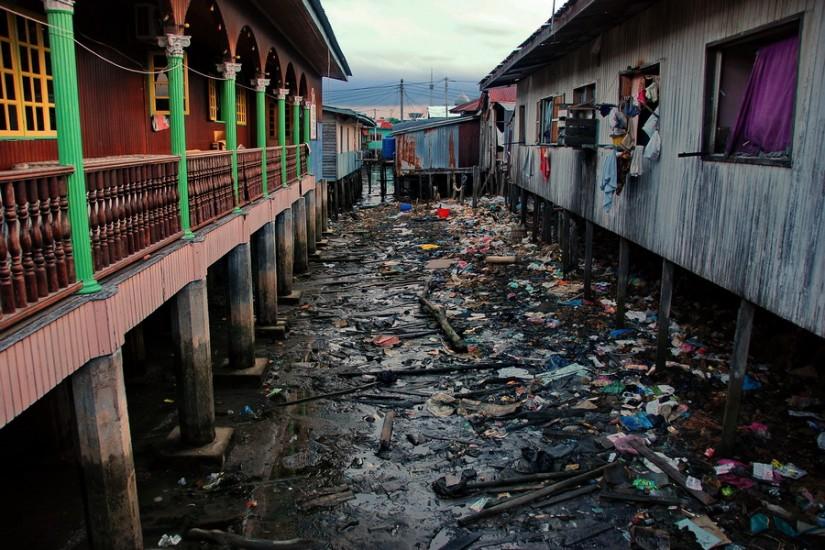 Borneo Sandakan Water VillageDSC_0133