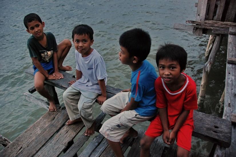 Borneo Sandakan Water VillageDSC_0225