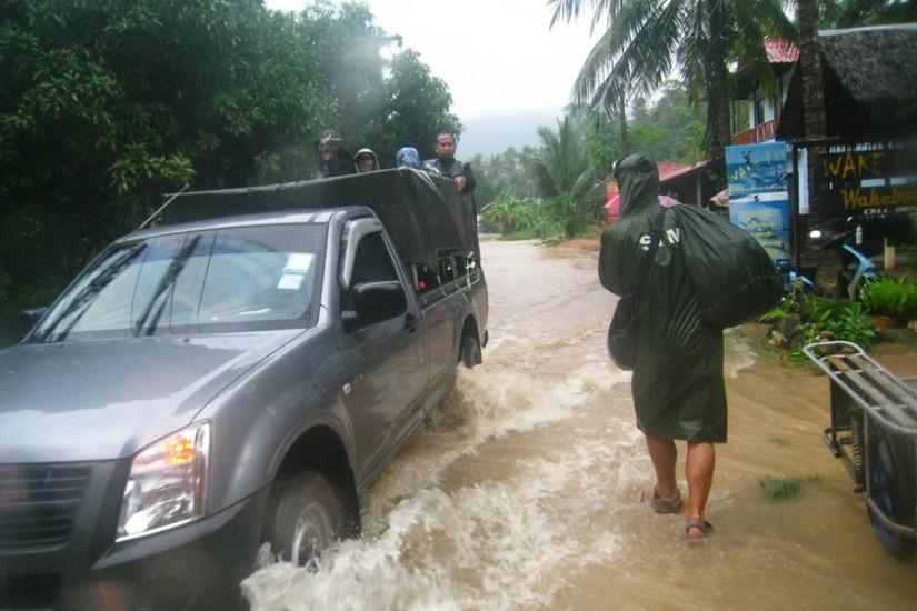 Koh Phangan Rain Storm Thailand2011-03-28 15-59-47 - IMG_6077