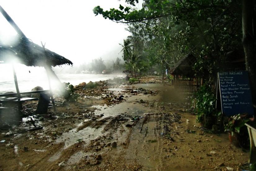 Koh Phangan Rain Storm Thailand2011-03-29 13-54-36 - IMG_6194