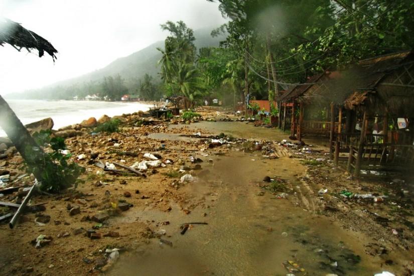 Koh Phangan Rain Storm Thailand2011-03-29 14-35-59 - IMG_6220