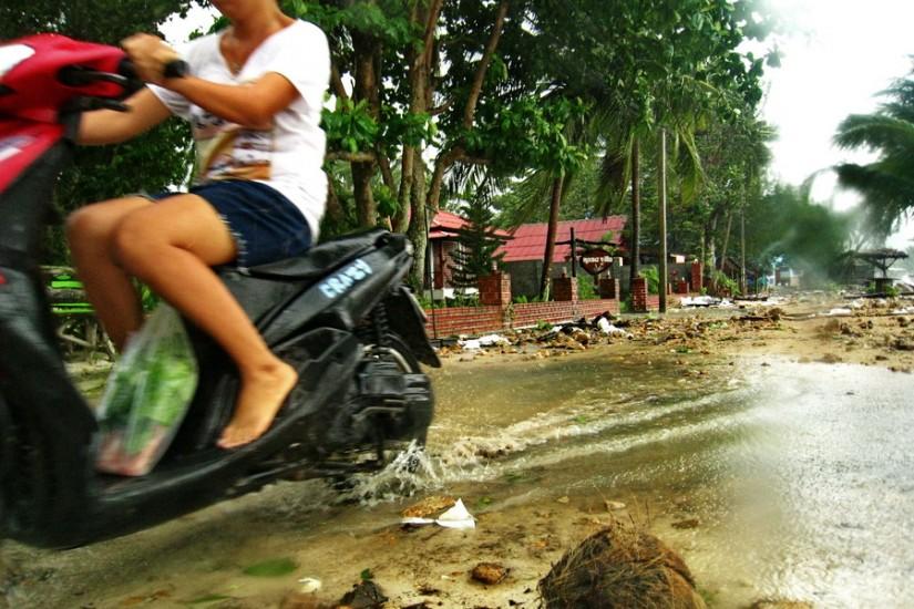 Koh Phangan Rain Storm Thailand2011-03-29 14-43-13 - IMG_6263