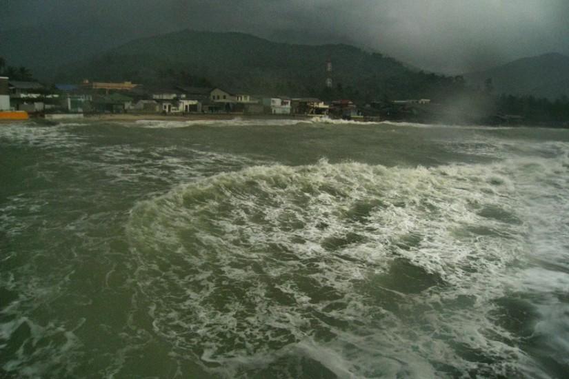 Koh Phangan Rain Storm Thailand2011-03-29 14-50-12 - IMG_6289