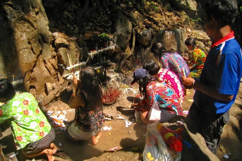 Thailand Mae Hong Son Tham Pla Fish Cave 5
