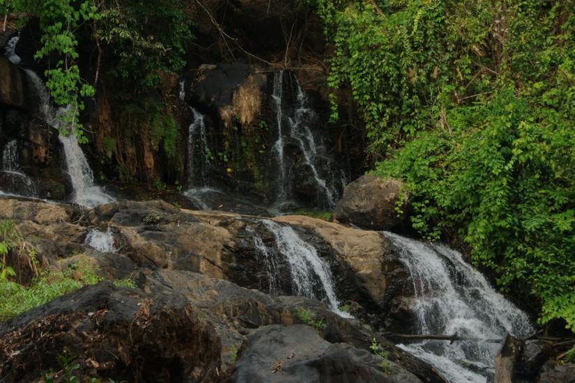 Thailand Pha Sua Waterfall Mae Hong Son 3