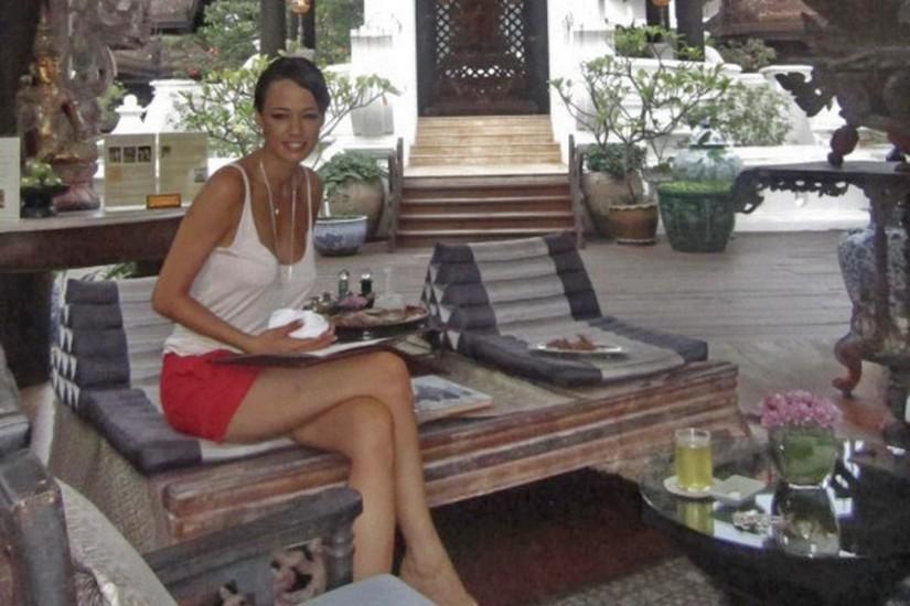 Andreea Raicu ThailandaAndreea-Raicu-thailanda-facebook
