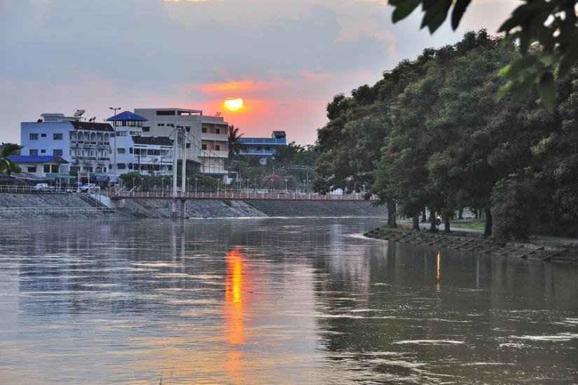Thailand Lampang12.05.2011 18-29-51 - _DSC2316_2