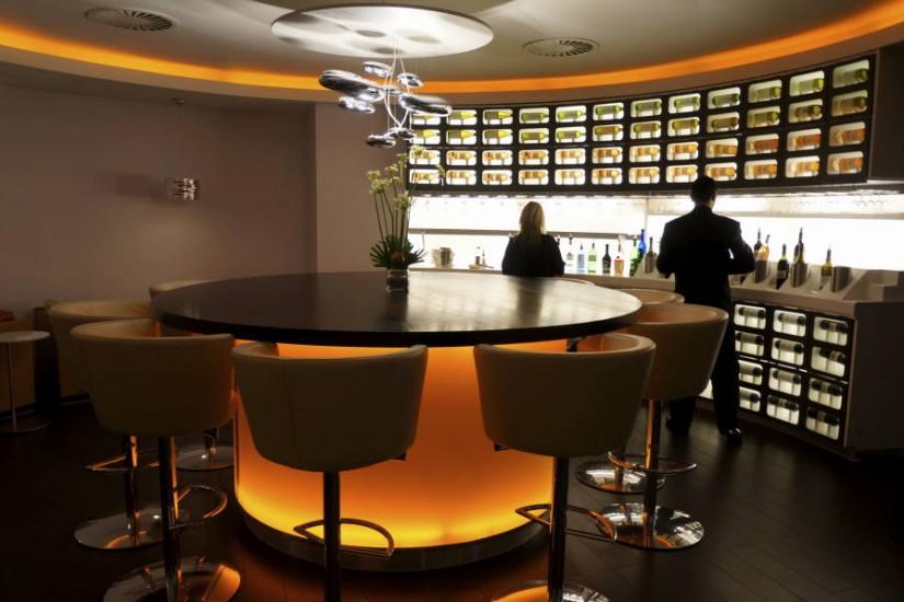 Heathrow Terminal 4 Lounge Wine Bar