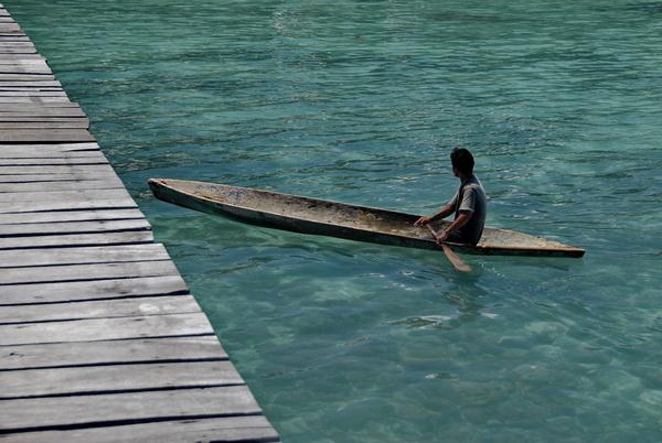 Borneo Semporna Boatman
