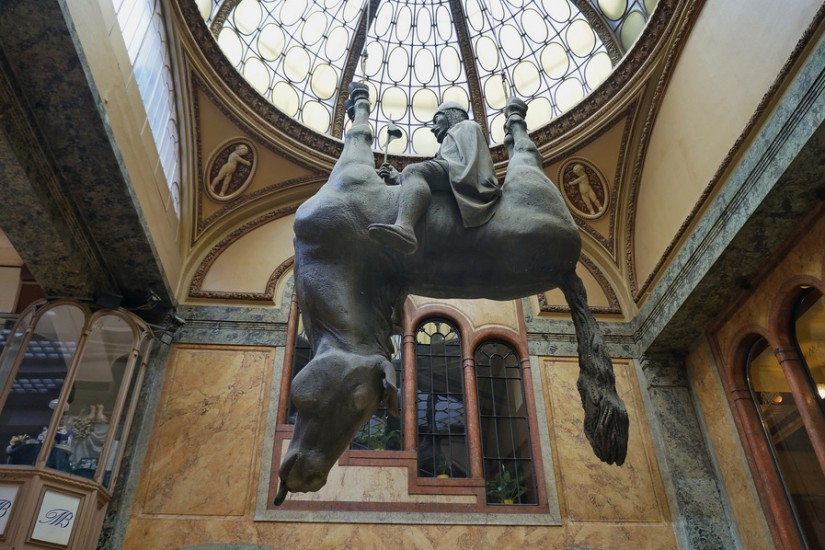 Praga Cerny St. Vaclav cal mort