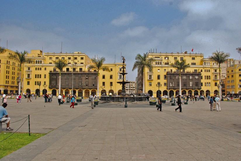 Lima, Plaza de Armas