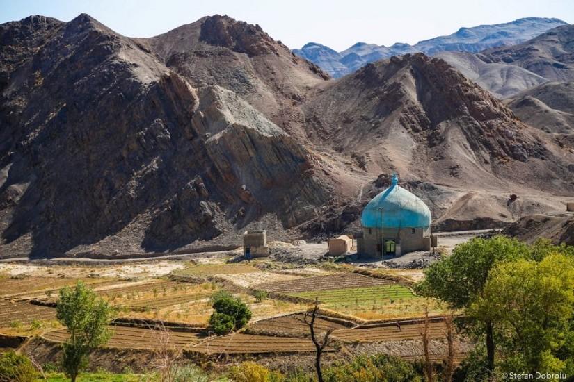 Valea Kharanaq, celebră pentru culturile ei.