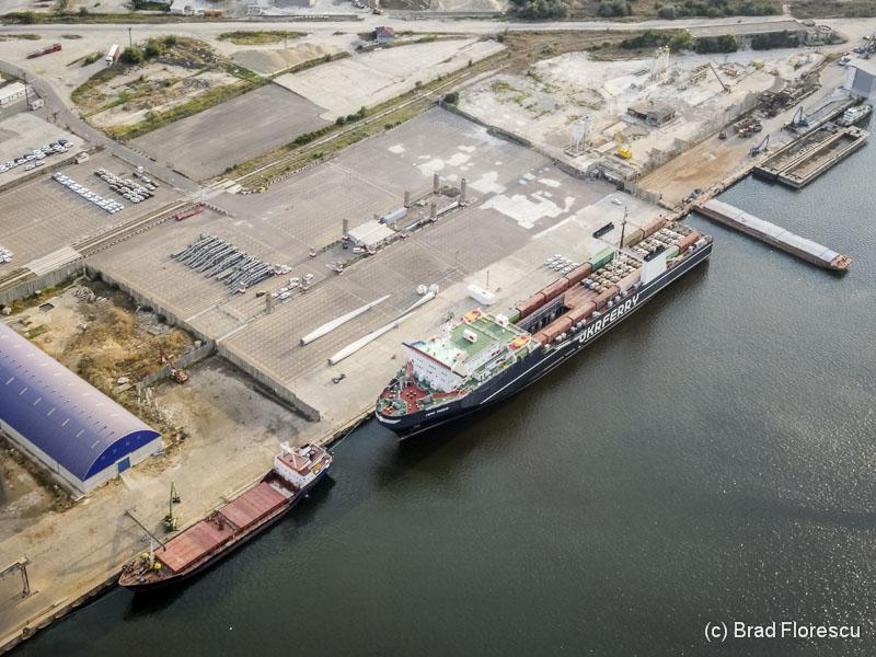 Portul Constanta din aer