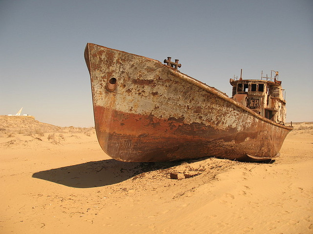 Marea Aral. Foto de Martjin Munneke. http://www.flickr.com/photos/martijnmunneke