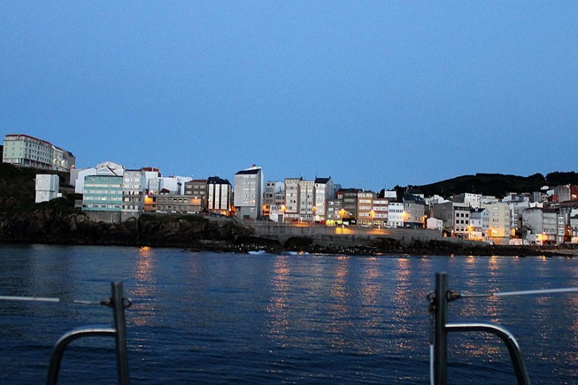 08Malpica_front mer nuit