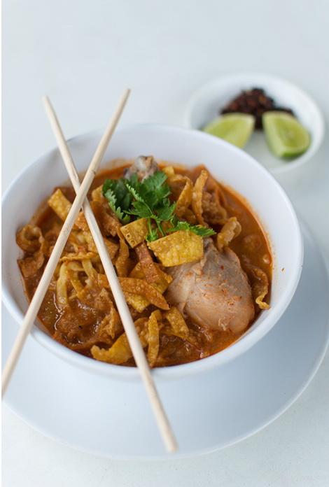 Mancare thailandeza - Khao Soi