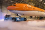 KLM Orange Pride 5