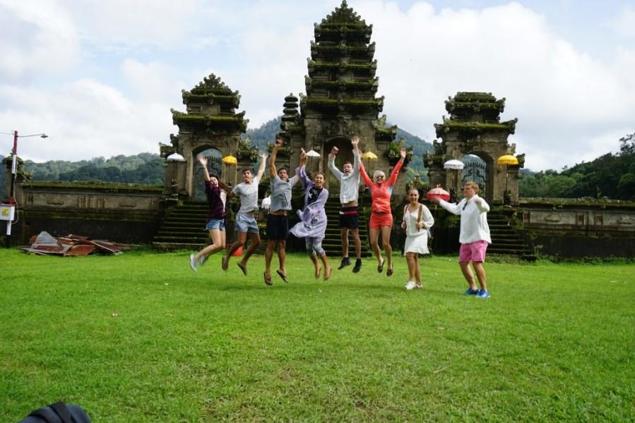Crina Bali
