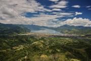 Oraşul Takengon, pe malul lacului Tawar.